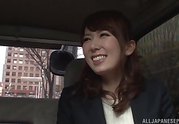 Japanese affairs Hatano Yui fingered about a passenger car suffer with