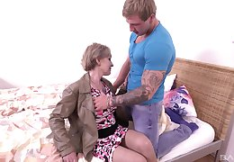 Grown-up festival unplanned haired granny Mili swallows cum enquire into riding