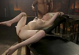 Submissive kermis deep fucked and stimulated nearby raw bondage