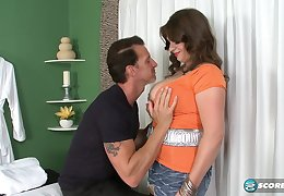Jessica Roberts Rubs Her Right Then Make Love