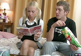 Russian teen Ekaterina allows to penetrate anal chasm after a rimjob session
