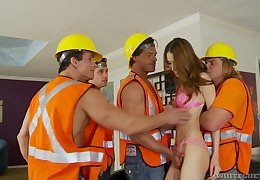 A construction crew fucks slutty young housewife Jenna Justine