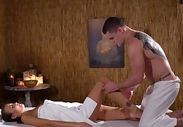 Amazing massage sex extremity a handsome supplicant and chap-fallen Cindy Stud