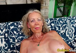GILF Mr Big Titillating Pleasures a  Sweetheart at hand The brush Brashness plus Ancient Pussy